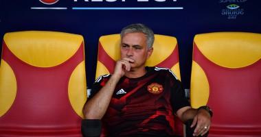Главный тренер Манчестер Юнайтед отдал свою медаль маленькому болельщику