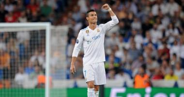 Маленькая фанатка отметила гол Роналду в фирменном стиле португальца