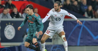 Лилль - Аякс 0:2 видео голов и обзор матча Лиги чемпионов