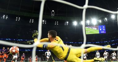 Тоттенхэм - Манчестер Сити: Льорис впечатляющим прыжком отразил пенальти Агуеро