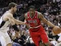 НБА: Хьюстон разгромил Лейкерс, Сан-Антонио уступил Портленду