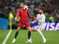 У Роналду есть склонность нырять: Пике – о пенальти в ворота Испании