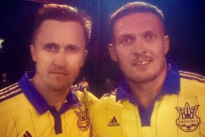 Усик дебютировал в сборной Украины по футболу
