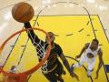 НБА: Данки Джеймса и бросок Дюранта – среди 50 лучших моментов плей-офф