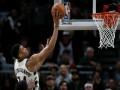 НБА: Милуоки обыграл Портленд, Новый Орлеан справился с Финиксом