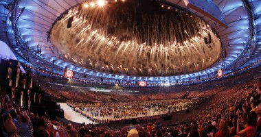 Спортивный карнавал: В Рио-де-Жанейро ярким шоу открылись Олимпийские игры