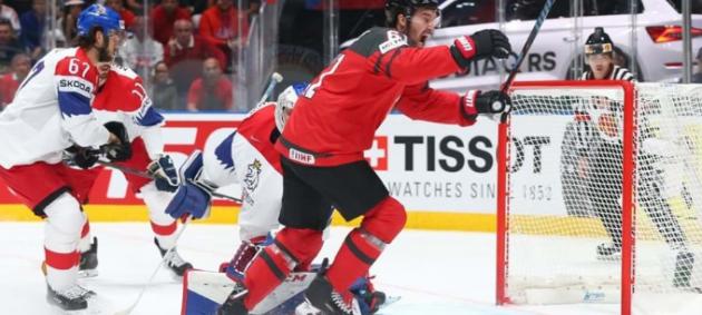 ЧМ по хоккею: Канада разгромила Чехию на пути в финал