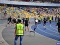 Днепр наказан матчем без зрителей за выходку фанатов в игре Лиги чемпионов