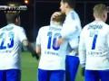 Андрей Воронин забивает за московское Динамо