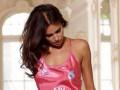Ирина Шейк облачилась в ночнушку в стиле новой формы Реала (фото)