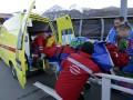 Работник бобслейной трассы получил переломы ног после столкновения с бобом (ФОТО)