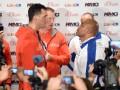 Под присмотром Бриггса: Владимир Кличко и Алекс Леапаи встретились перед боем