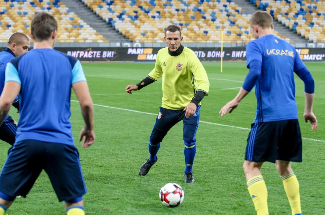 Андрей Шевченко тренировался вместе со сборниками
