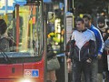 Без руля. Нападающий лондонского Арсенала ездит автобусом