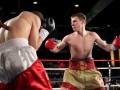 Бокс: Перспективный украинец Голуб нокаутировал американца в первом раунде