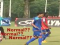 Нормал. Роналдиньо забивает через себя на тренировке