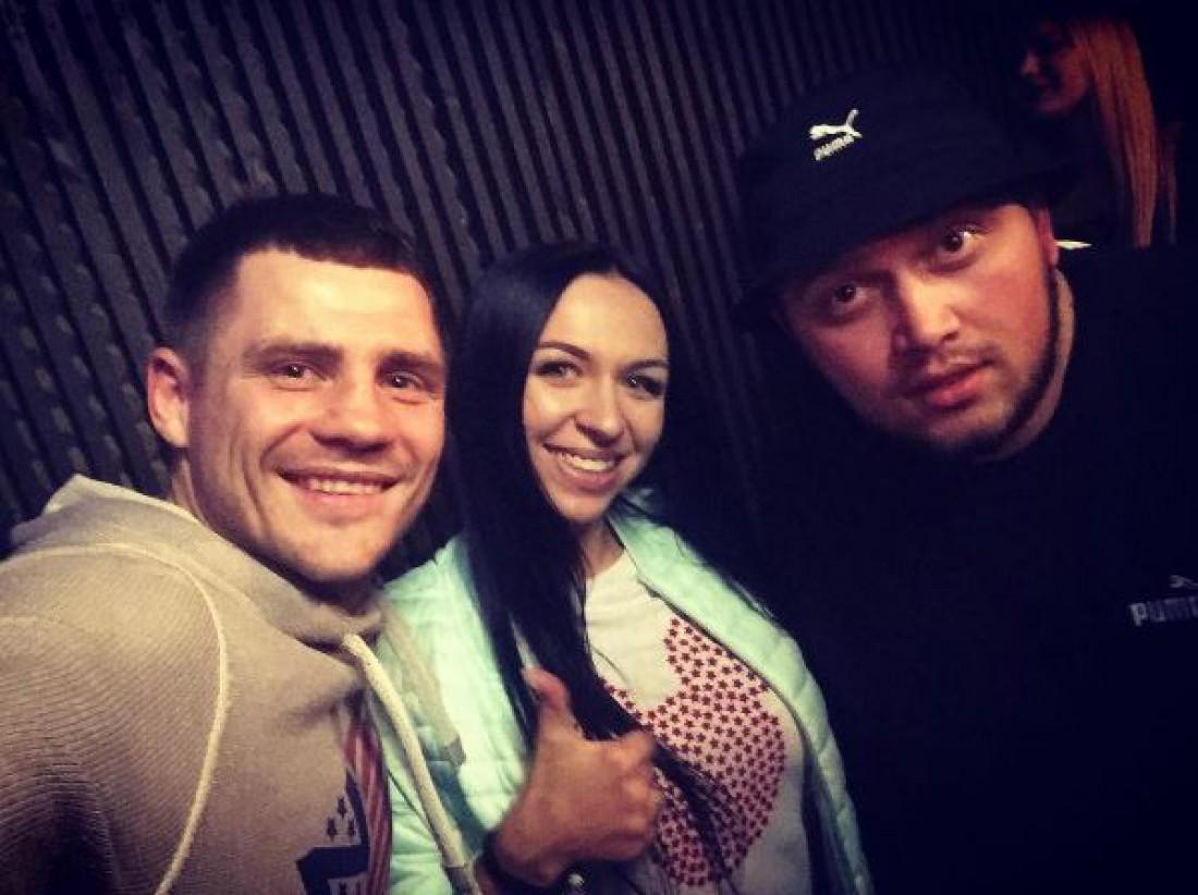 Денис Беринчик с женой и Kyivstoner
