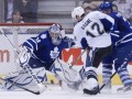 NHL: Тампа громит Торонто