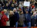 Руководство Ливерпуля отказалось повышать цены на билеты после акции фанатов