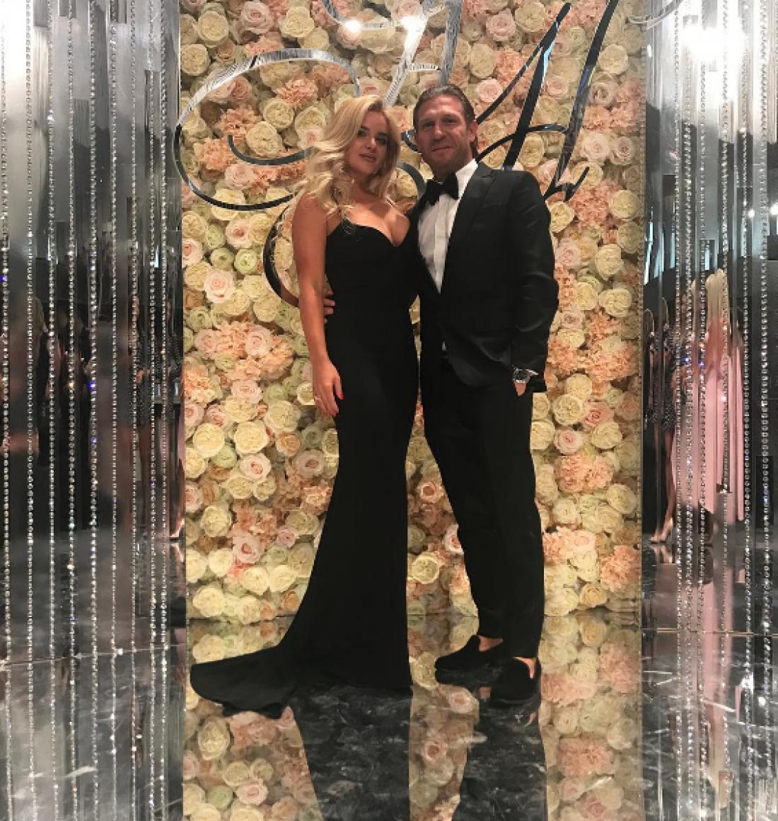 Андрей Воронин с женой посетили свадьбу Овечкина