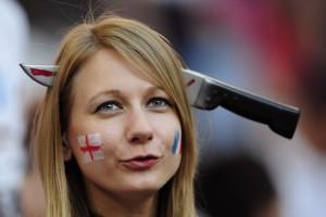 На трибунах не становится тише. Как болели в первом туре Евро-2012