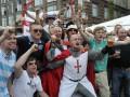 Перед матчем Швеция - Англия в Киев начали стягивать спецтехнику