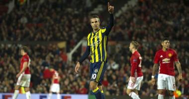 МЮ – Фенербахче: Как ван Перси вернулся на Олд Траффорд и забил гол