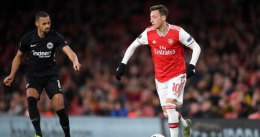 Арсенал - Айнтрахт Ф 1:2 видео голов и обзор матча Лиги Европы