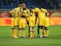 Футболистов Металлиста несколько часов не выпускали из Днепропетровска