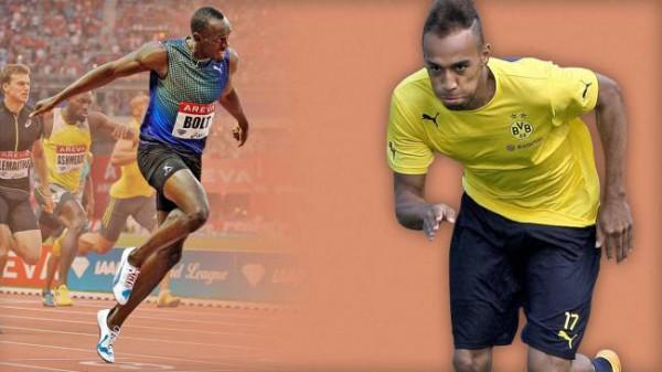 Обамеянг (справа) пробежал 30 метров быстрее Болта (слева)