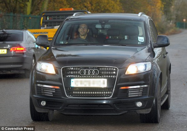 Защитник МЮ Рио Фердинанд и его Audi