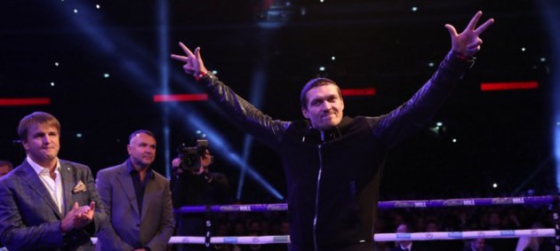 Усик: Я буду боксировать с Джошуа