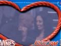 Коби Брайант с женой попали в камеру для поцелуев