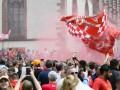 Красно-белая вечеринка: Болельщики Ливерпуля и Севильи заполнили улицы Базеля