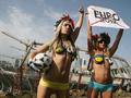 Голый протест. Активистки FEMEN не хотят Евро-2012
