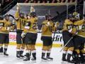 НХЛ: Бостон уступил Филадельфии, Вегас уничтожил Сент-Луис