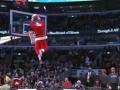 Рождественское безумие. Санта-Клаусы атакуют кольцо Чикаго Буллз