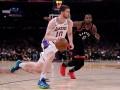 Михайлюк помог Лейкерс обыграть действующего чемпиона НБА