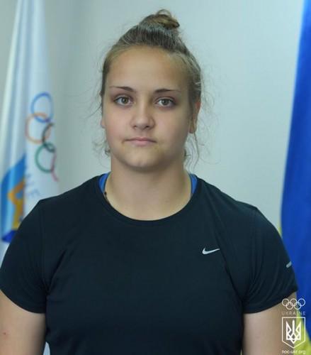 Алена Белякова выиграла серебро в метании диска