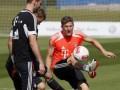Тренер Баварии оштрафовал игроков за тренировку в белых носках