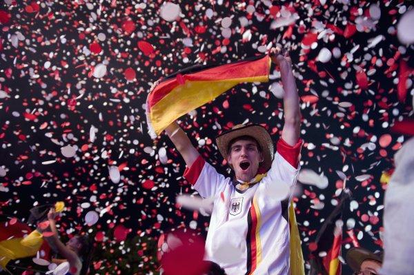 Германия почти гарантировала себе место в плей-офф и вряд ли повторит ошибки России