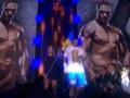 Выход в ринг Александра Усика перед боем с Гловацки