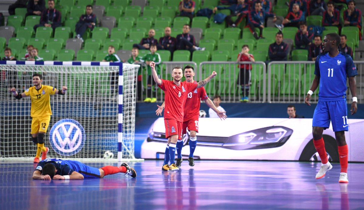 пожаловать мир футбол финал португалия чили репортаж правильно
