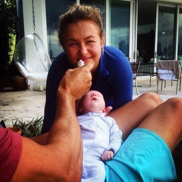 Владимир, Хайден и их дочь