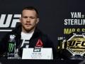 Ян призвал лишить Стерлинга титула UFC