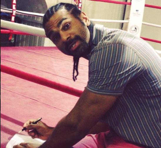 Хэй подписал контракт на бой с Фьюри