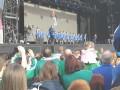 В столице Северной Ирландии сборную встретили коронной песней