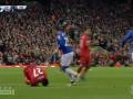 Ужасная травма игрока Ливерпуля: Видео инцидента