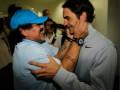Марадона расцеловал Федерера и сыграл против Дель Потро на турнире в Дубае (ВИДЕО, ФОТО)