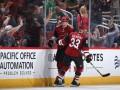 НХЛ: Аризона разгромила Калгари, Бостон уступил Вашингтону